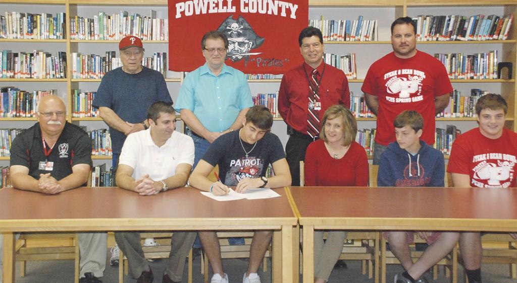 Brooks-signing