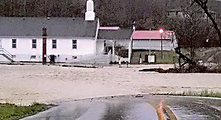 News-Hardwicks-Creek-Flooding