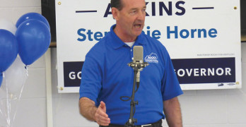 Rocky Adkins makes stop in Powell County